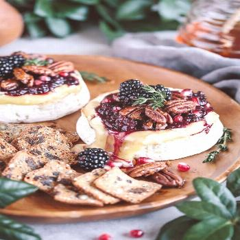 Baked brie with blackberry compote and spicy candied pecans ... Baked brie with blackberry compote