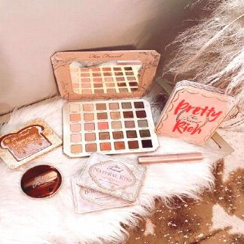 Discover ready-to-shop pics from @ashleybeary ashleybeary    - Too Faced Sale!!