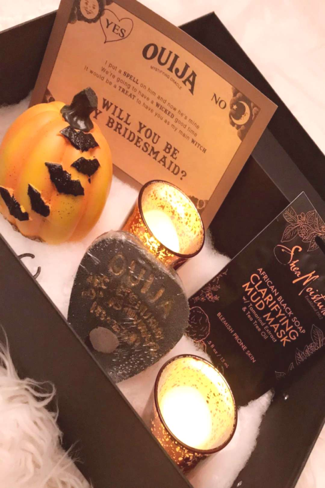 A Halloween Bridesmaid Proposal! So unique! @luckylibraleigh is sharing all the details of how she