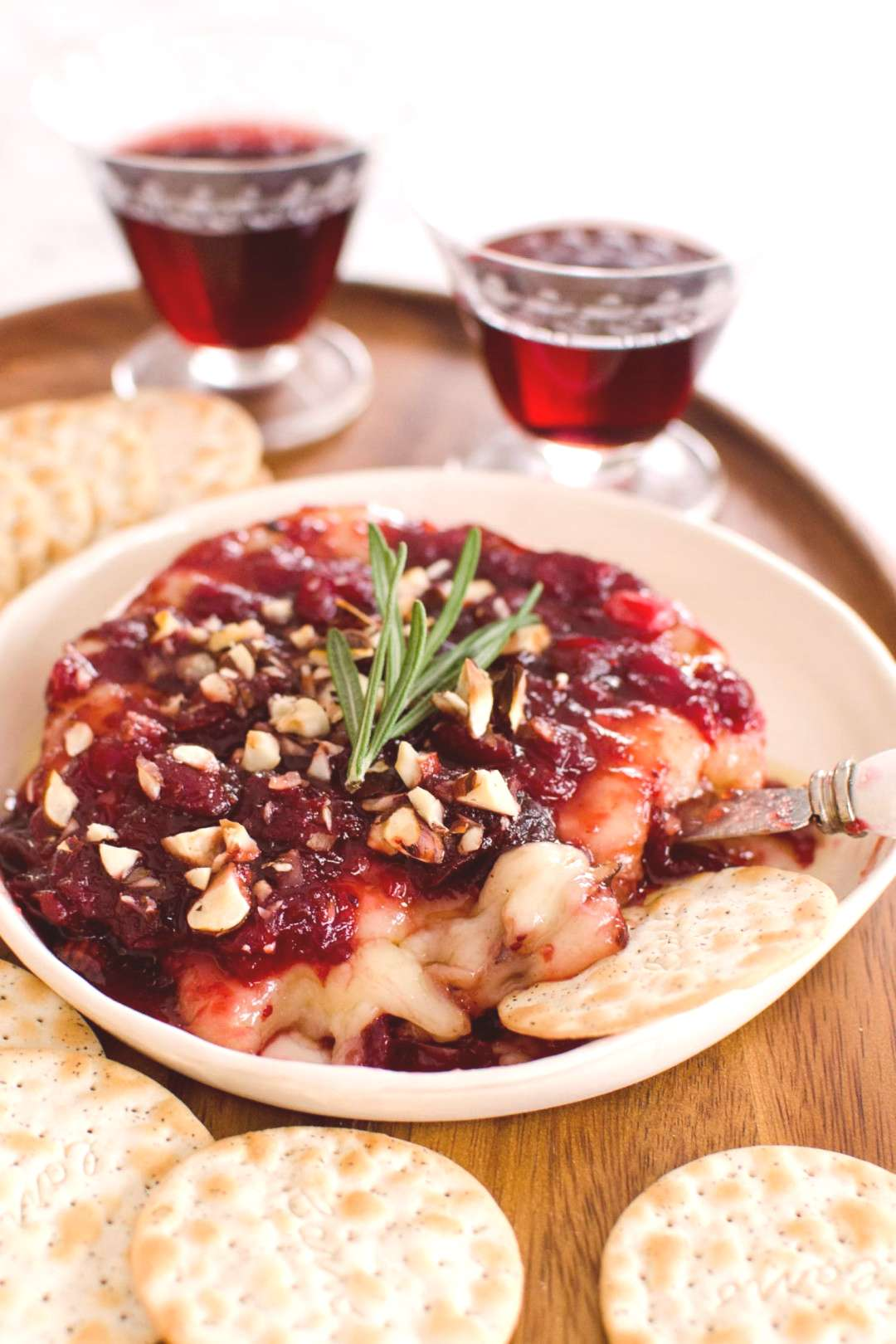 Holiday Appetizer Recipe Baked Brie with Cranberry Sauce, Baking Holiday Appetizers Holiday Appeti